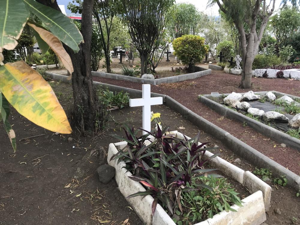 Cimetière des âmes perdues - cimetière du père Lafosse - ile de la réunion - période sombre de la france l'esclavagisme