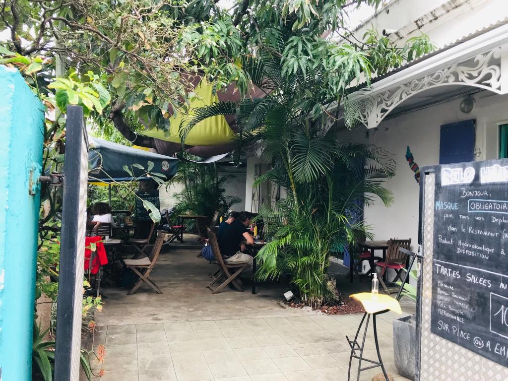 Un petit restaurant très sympa à faire en famille seul ou entre amis le Belo horizonte île de la Réunion